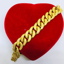 Load image into Gallery viewer, 24k gold plated Link Bracelet