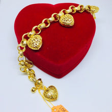 Load image into Gallery viewer, 24k gold plated Charm Hearts Bracelet