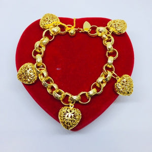 24k gold plated Charm Hearts Bracelet