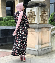Load image into Gallery viewer, Jumi Simplicity Floral Modest Dress