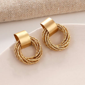 Stylish Dangling Earings Accessories