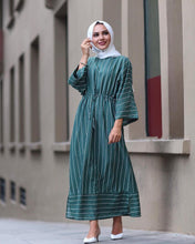 Load image into Gallery viewer, Simplicity Thin Stripes Modest Dress