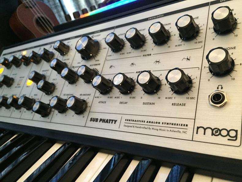 Puremagnetik Moog Bass samples Ableton Live Pack