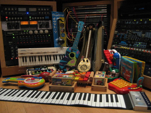 A collection of toys was recorded and programmed as an Ableton Live Pack, Kontakt Instrument and Logic library