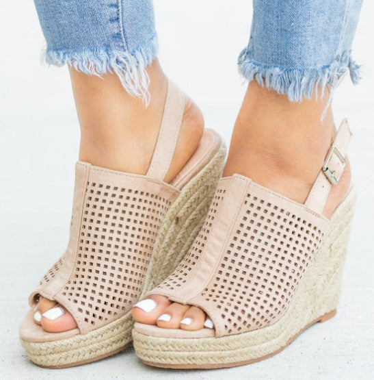 Textured Nude Wedge