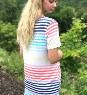 Tori: Striped Print Short Sleeve Top