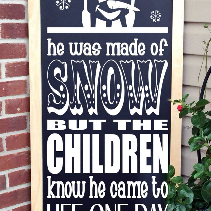 Christmas Sign - Porch Sign - Christmas Decoration - Frosty the Snowman - Lola's Design Loft