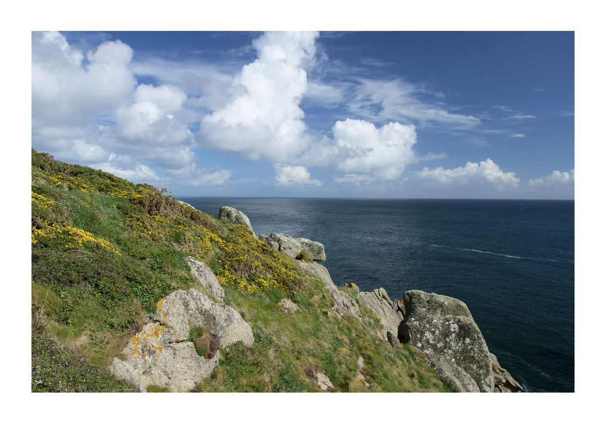 Clifftops With Seaview - Cornish Coastline