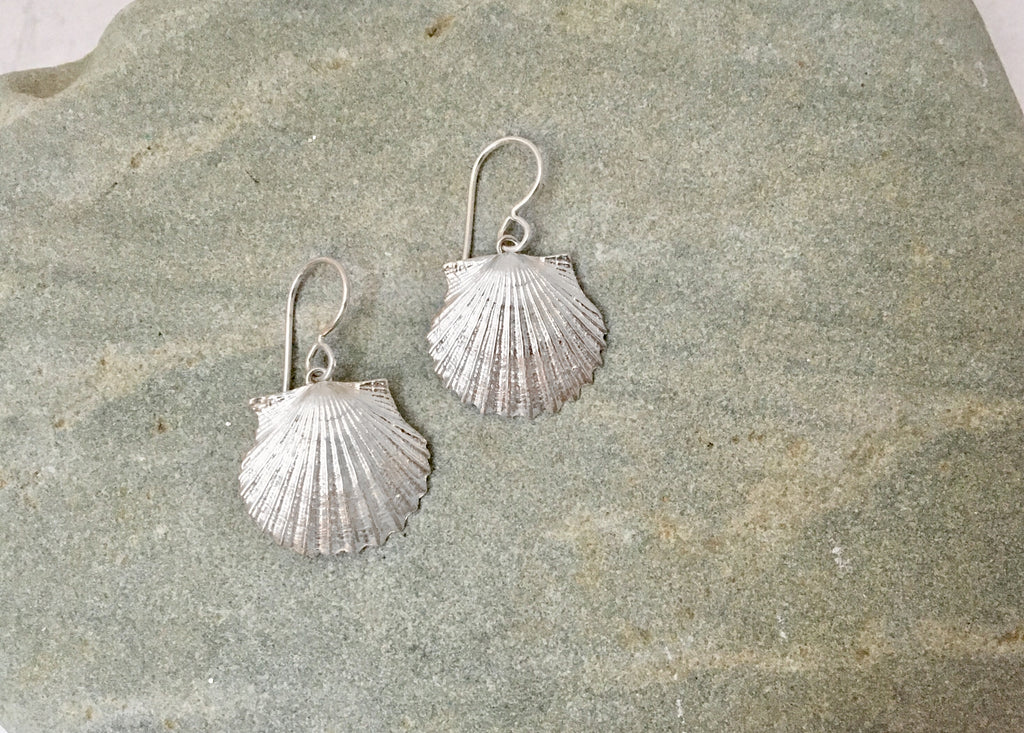 Scallop Dangle Earrings