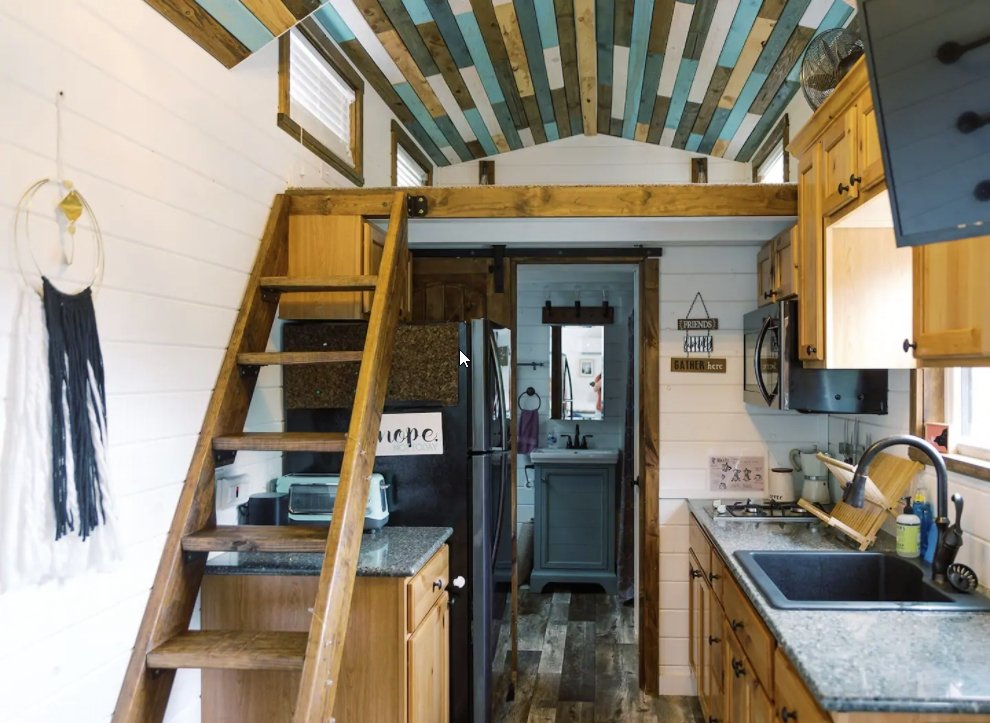 11 Tiny Houses in West Virginia You Can Rent on Airbnb in 2021!
