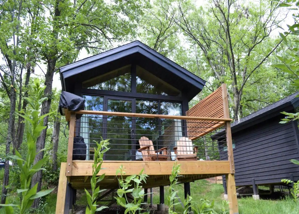 9 Tiny Houses in Minnesota You Can Rent on Airbnb in 2021!