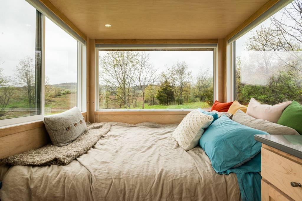 The Glass Tiny House Escape In The Hudson Valley Of New York Dream