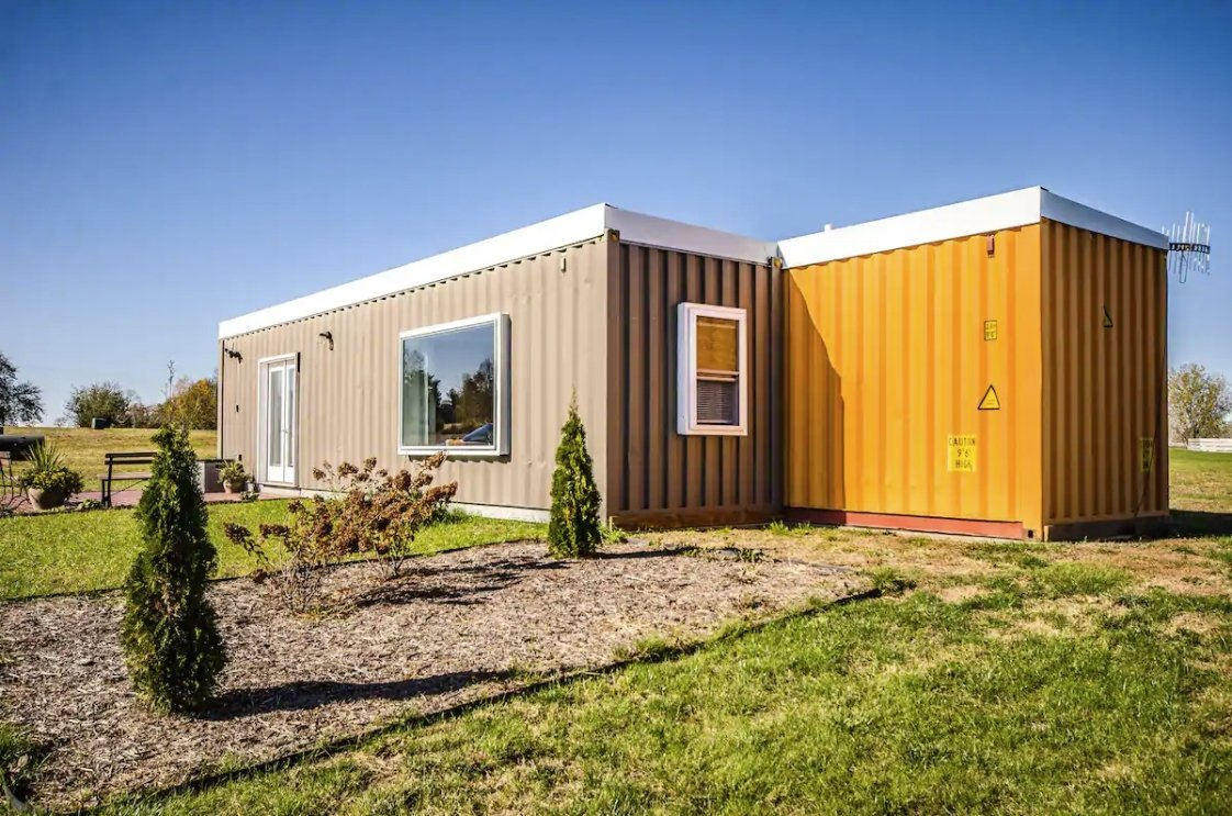 12 Tiny Houses in Wisconsin You Can Rent on Airbnb in 2021!
