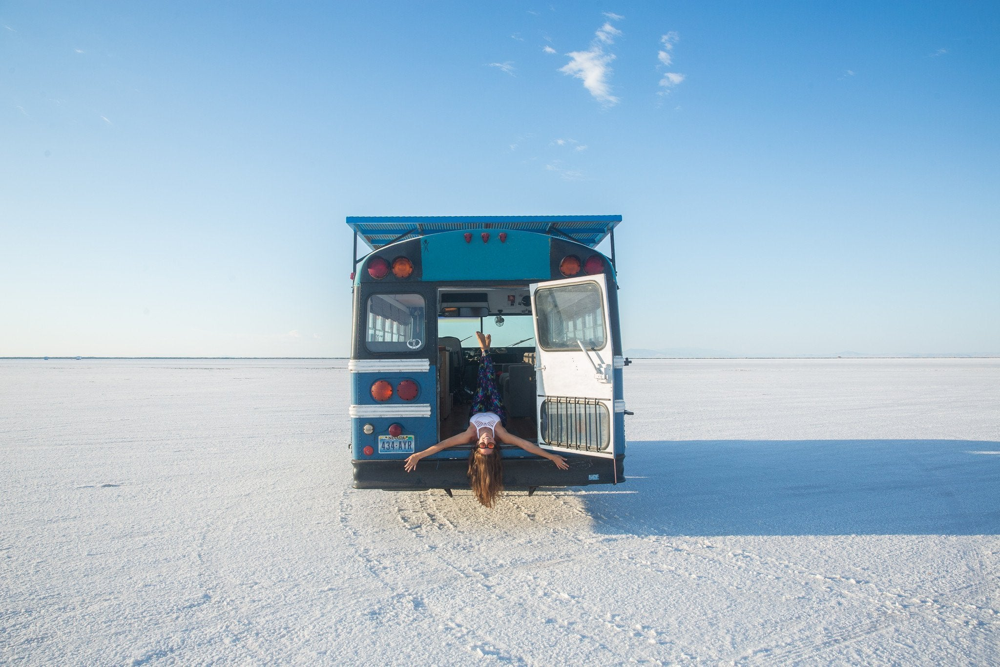 Blue Bus Adventure - From Consultant to Tiny Bus Adventurer