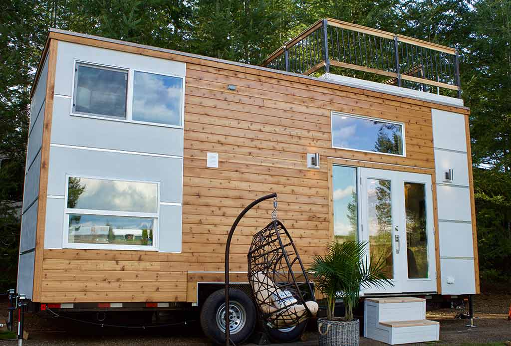 "The Functional ""Live/Work"" Tiny Home by Tiny Heirloom"