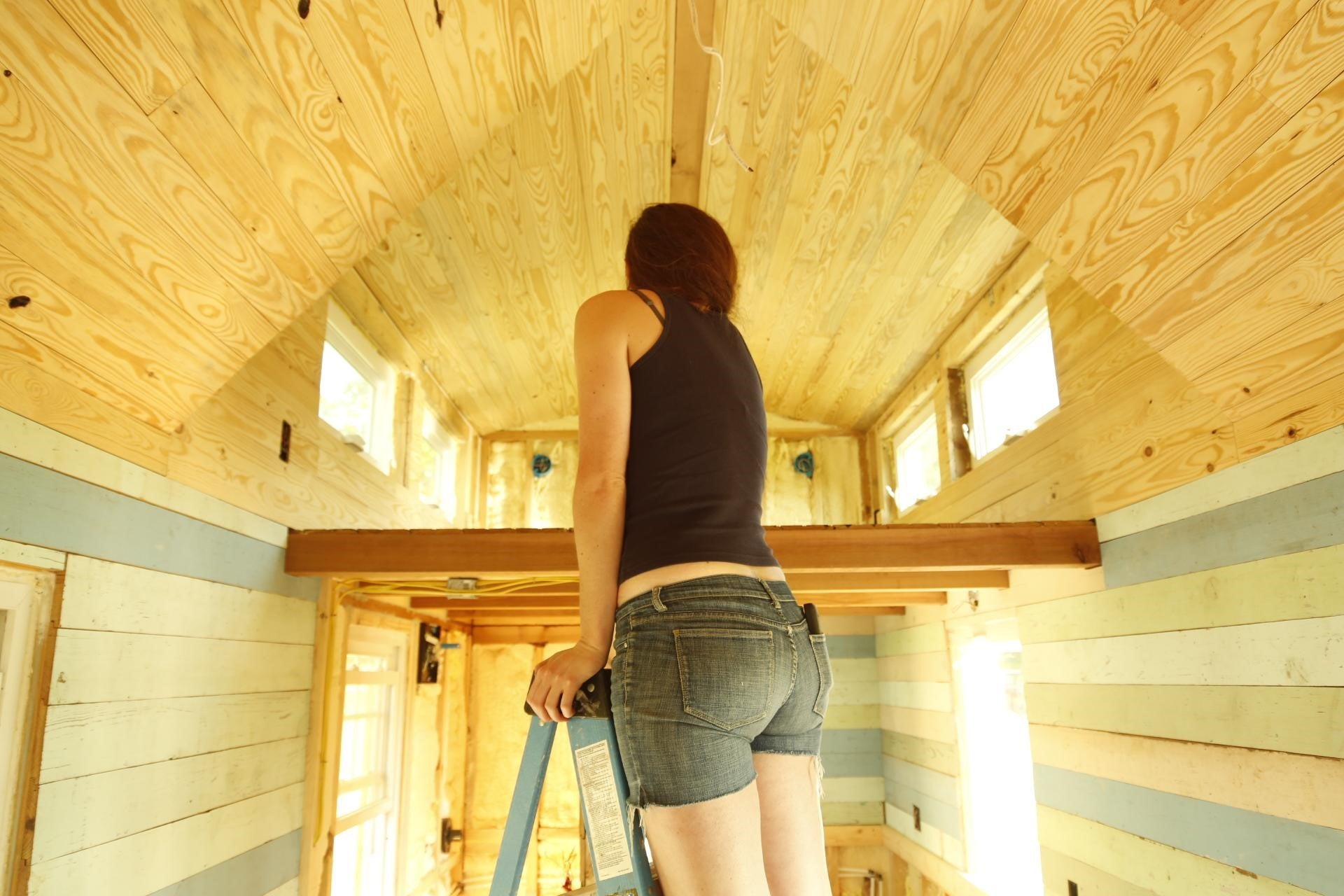 Tips on saving money during a DIY tiny house build? - #AskTheDreamTeam