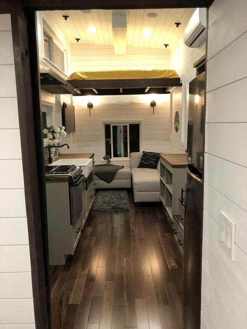 "24' ""White House"" Tiny House on Wheels by Sun Bear Tiny Homes"