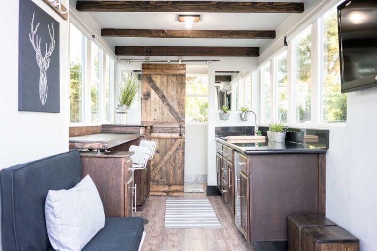 165 sqft Container Home in Sacramento by Alternative Living Spaces