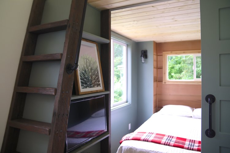"30' ""Topanga"" Tiny House on Wheels by Handcrafted Movement"