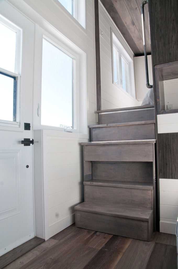 Sakura by Minimialiste Tiny Houses - Stairs
