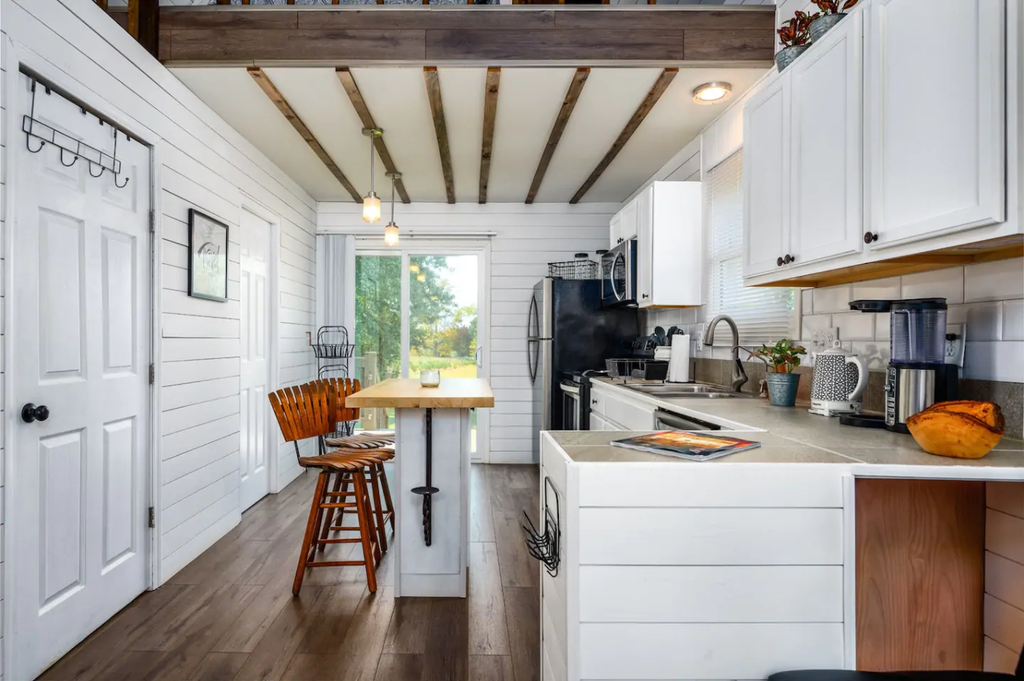 26 Tiny Houses in North Carolina For Rent on Airbnb in 2020!