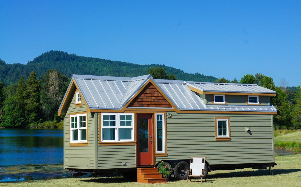 "Spacious 28' ""Tess"" Tiny Home on Wheels by Tru Form Tiny"