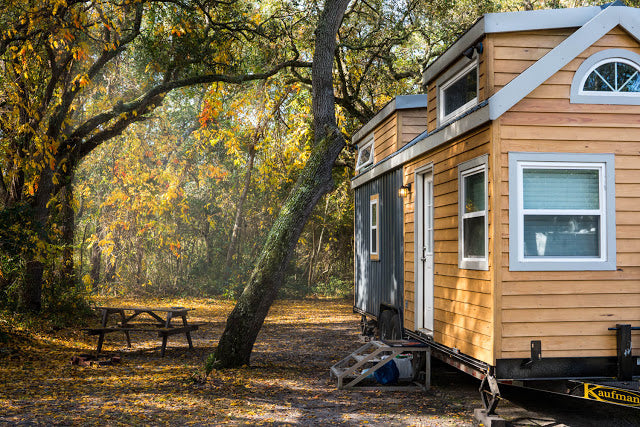 "DIY 224'sqft ""Little Bitty Tiny House"""