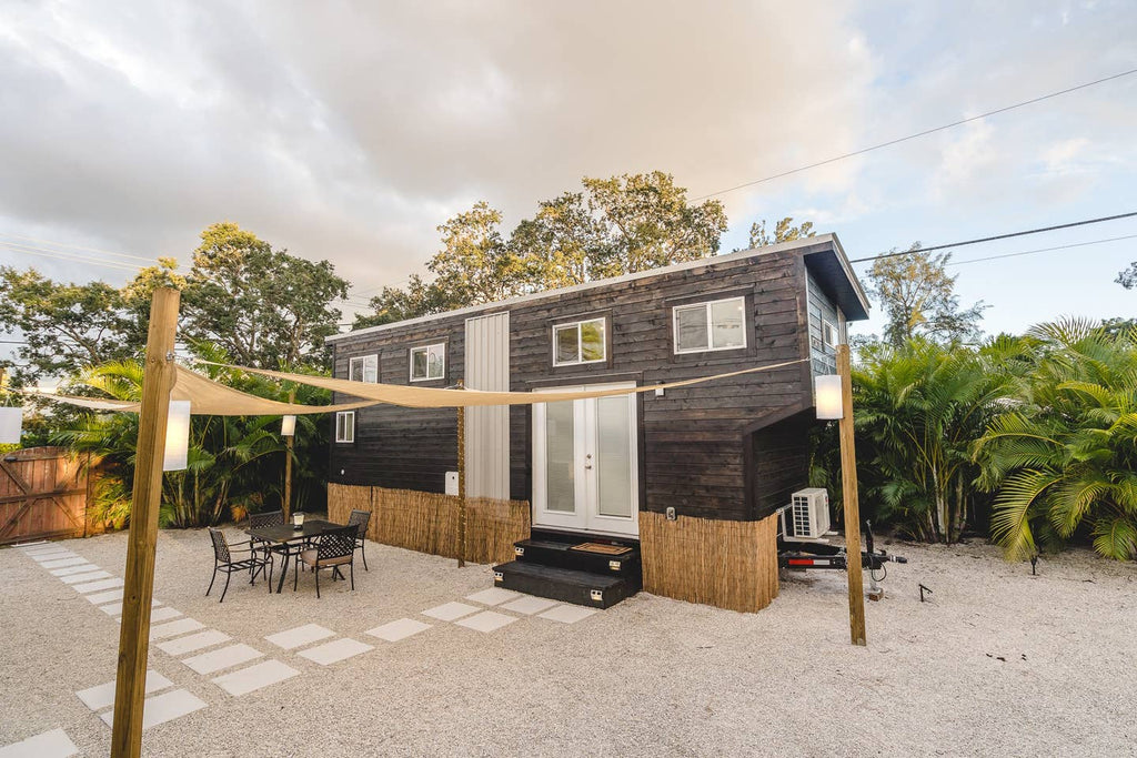 20 Tiny Houses In Florida You Can Rent On Airbnb In 2020 Dream Big Live Tiny Co