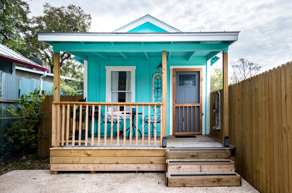 20 Tiny Houses For Rent on Airbnb in Texas TODAY!