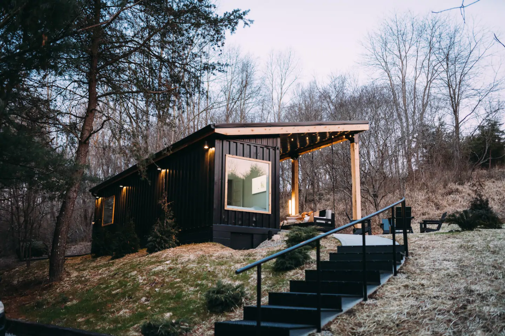 20 Tiny Houses in Ohio You Can Rent on Airbnb in 2020!