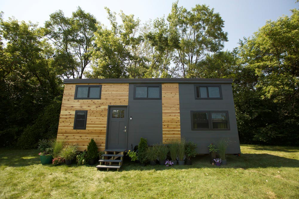 "230-sqft ""Modern"" Tiny Smart Home on Wheels by VIVA Collectiv"