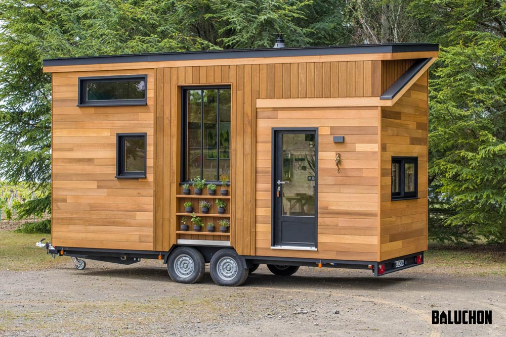 "6m ""Astrild"" Tiny Home on Wheels by Tiny House Baluchon"