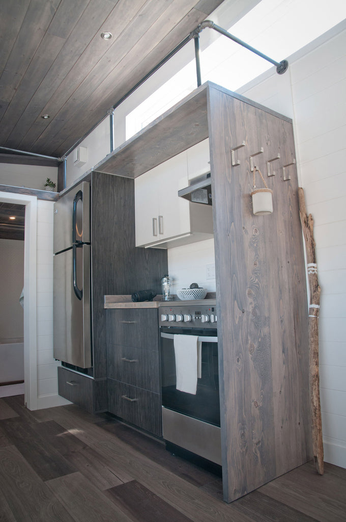 Sakura by Minimialiste Tiny Houses - Kitchen