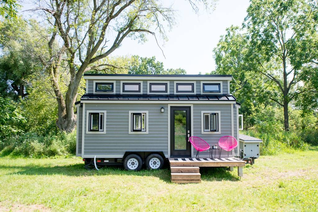 "Gorgeous Airbnb ""Pomp Outpost"" Tiny House in Prince Edward, Canada"