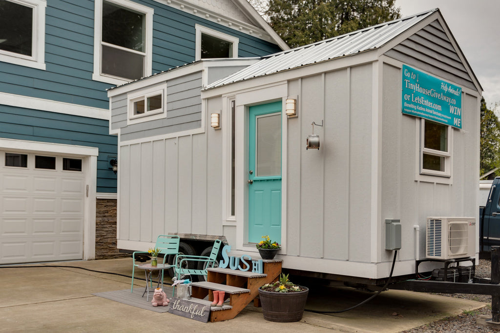 "20' ""Sushi"" Tiny House on Wheels GIVEAWAY by Lamon Luther"