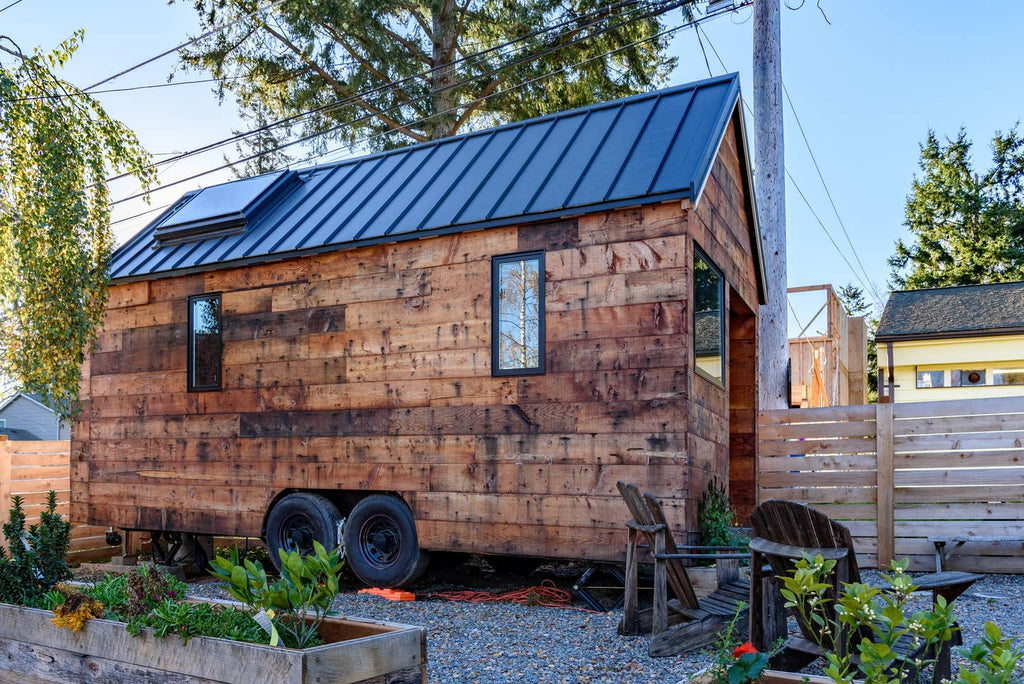 180-sqft Tipsy Tiny House on Wheels for rent on Airbnb in Tampa, Florida