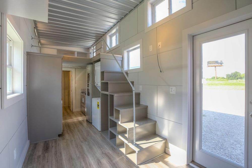 "40' ""Empty Nester"" Container Home by Custom Container Living"