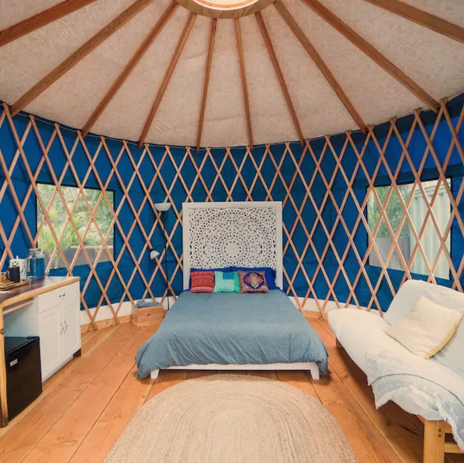 15 Tiny Houses in Hawaii You Can Rent on Airbnb in 2020!