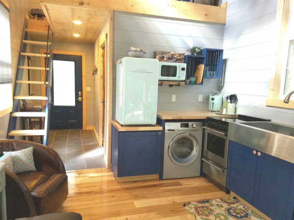 11 Tiny Houses in West Virginia You Can Rent on Airbnb in 2020!