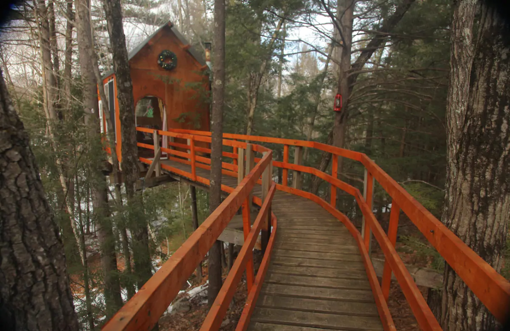10 Tiny Houses in New Hampshire You Can Rent on Airbnb in 2020!
