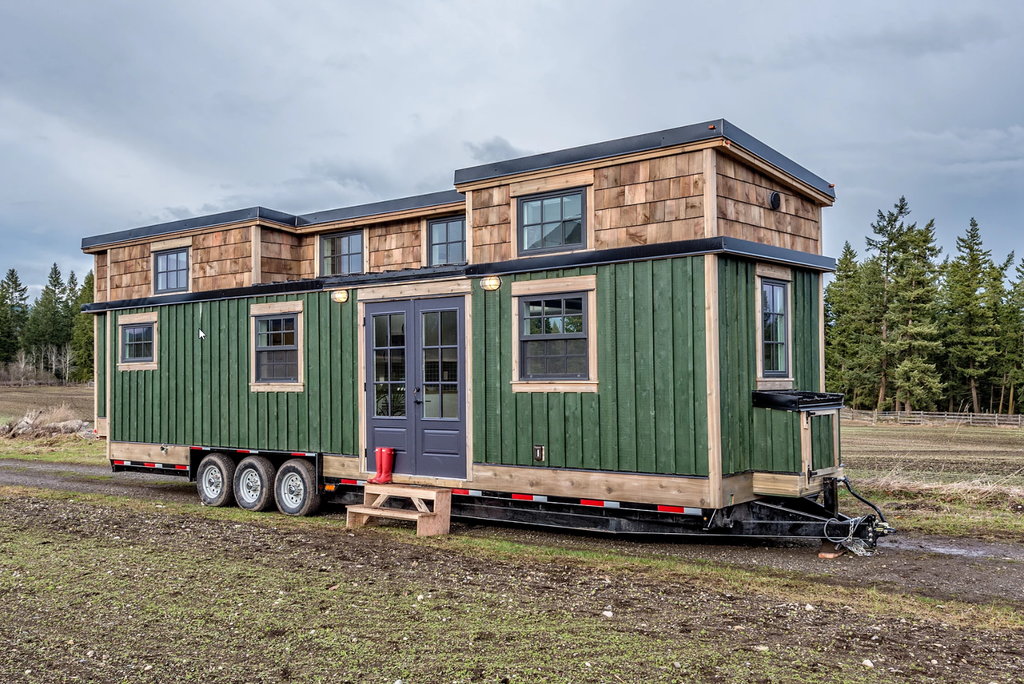 "34' ""West Coast"" Tiny House for a Family of Four by Summit Tiny Homes"