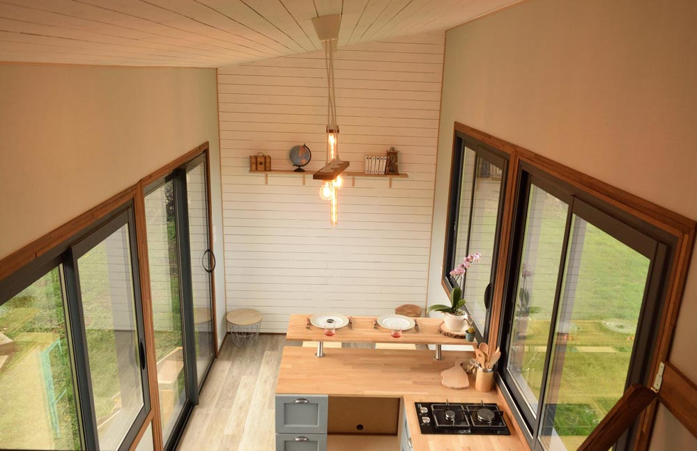 "6m ""Tiny House Lumen"" on Wheels by Tiny House Lumen"