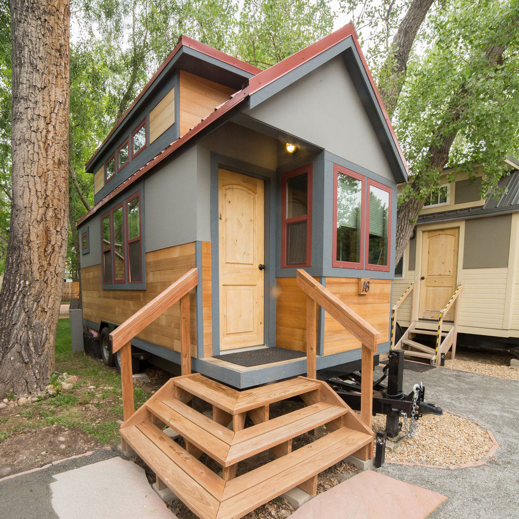 165 sqft Heritage River Birch Tiny House for rent at Wee Casa Tiny House Resort