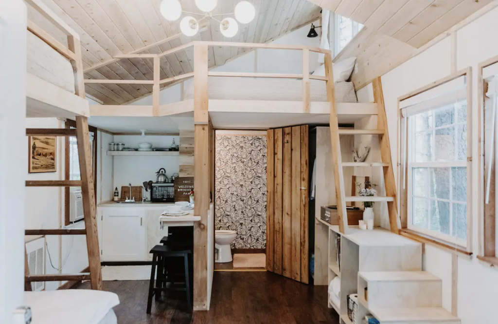 15 Tiny Houses in Idaho You Can Rent on Airbnb in 2020!