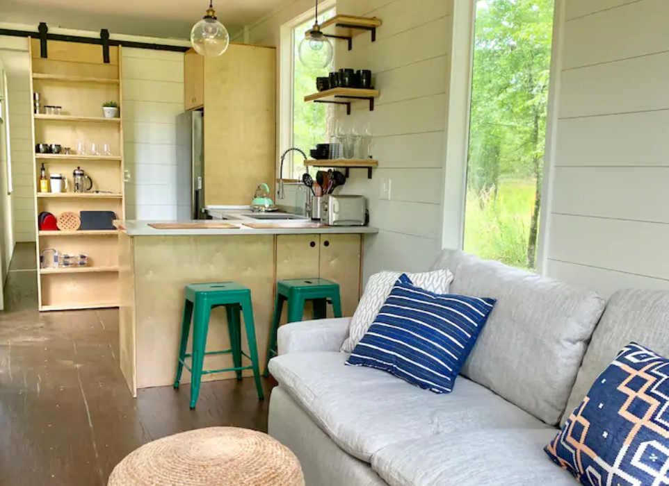 9 Tiny Houses in Mississippi You Can Rent on Airbnb in 2020!