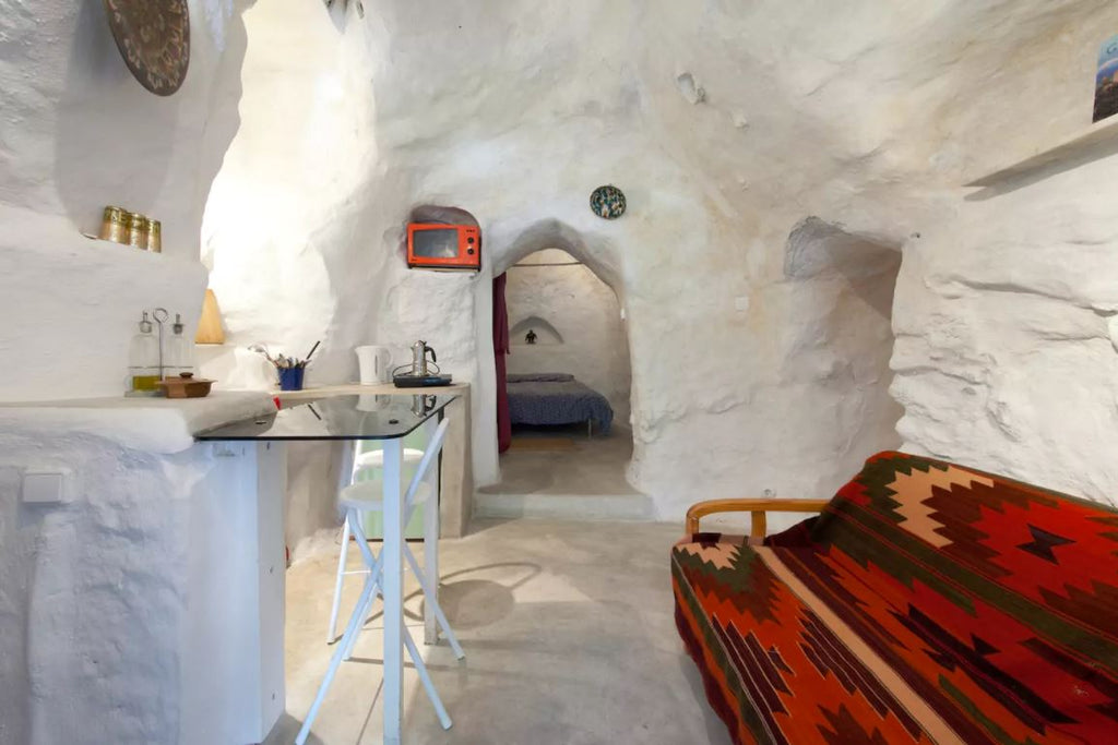 Cave House in Granada, Spain - Tiny Houses for rent on Airbnb