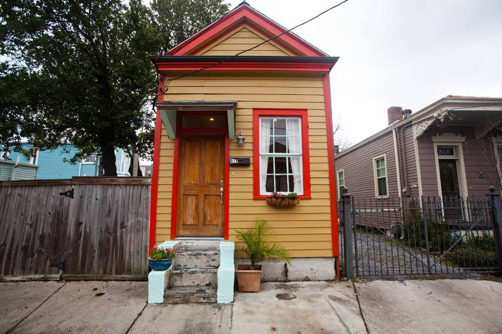 Charming Shotgun Cottage in New Orleans, Louisiana - Tiny Houses for rent on Airbnb