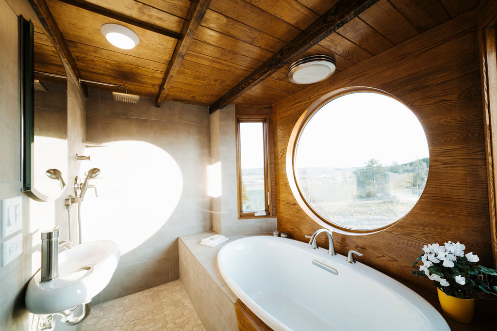 Monocle by Wind River Tiny Homes - Bathroom