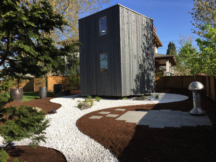 Rotating House Tiny Home in Portland, Oregon for rent on Airbnb