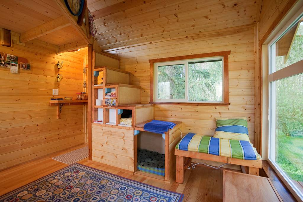 Pleasant 50 Tiny Houses You Can Rent On Airbnb Now Dream Big Live Home Interior And Landscaping Staixmapetitesourisinfo